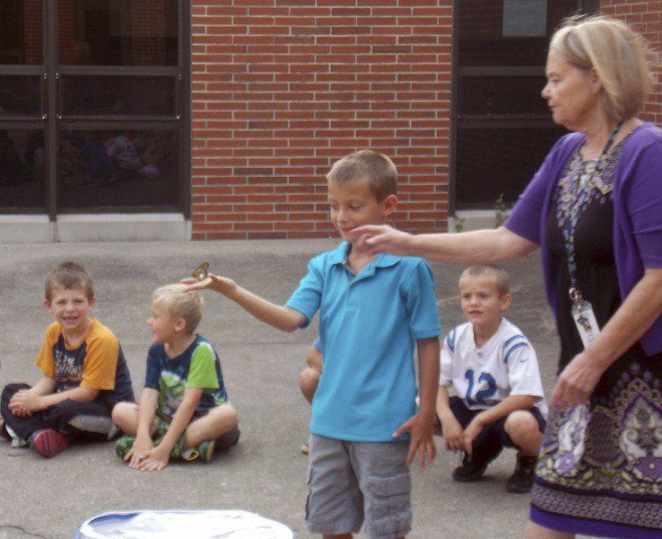 North Decatur kids prepare butterflies for long flight