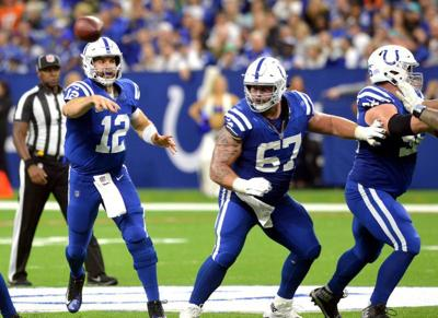 Colts remain cautious with Luck's calf