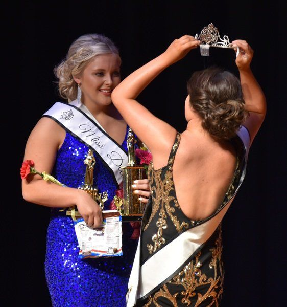 Sydney Meyer crowned Miss Decatur County