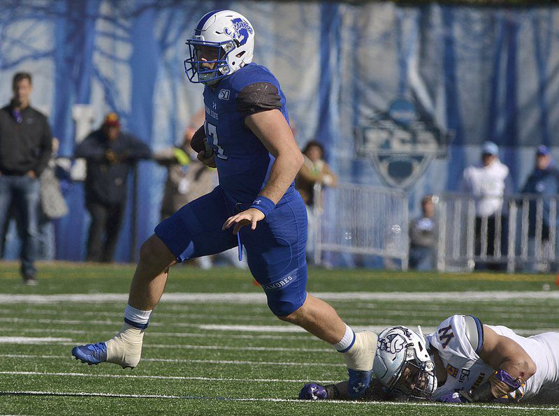 Second half surge propels Sycamores past Leathernecks