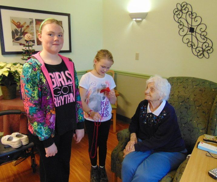 NDES students serving the elderly
