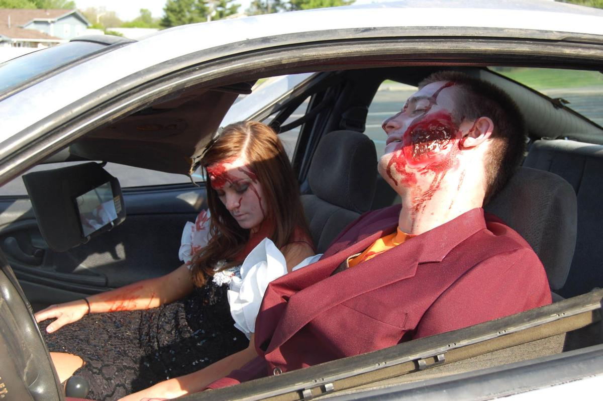 Texting While Driving >> Mock Crashes Create Real Terror For Students Before Prom | Local News | greensburgdailynews.com