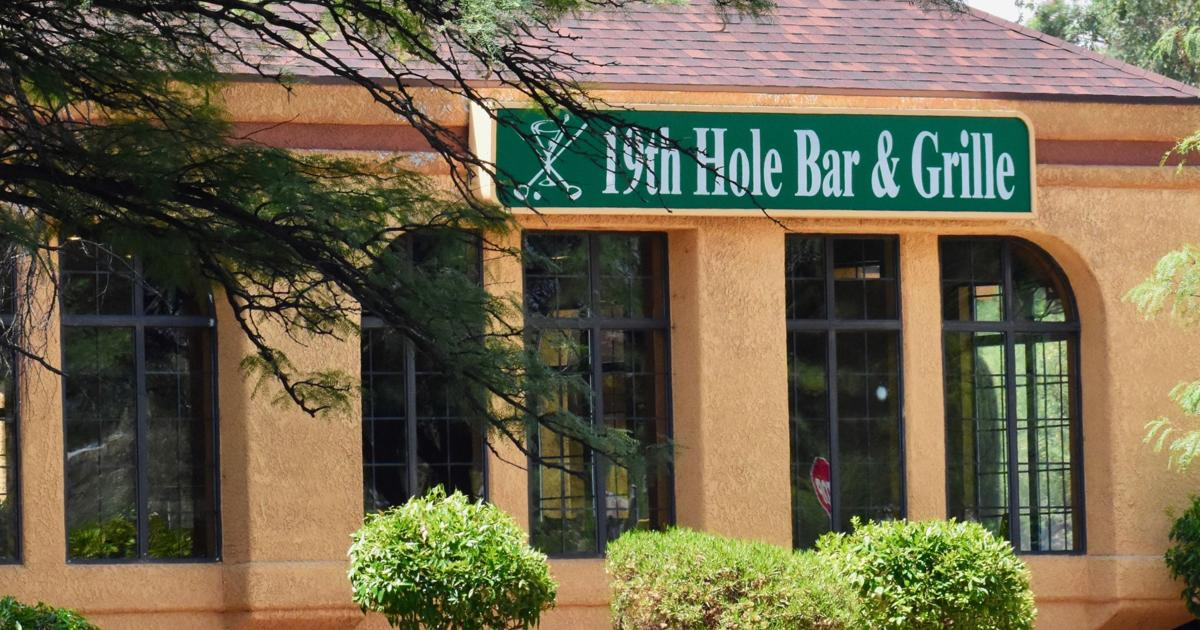 19th Hole Bar & Grille