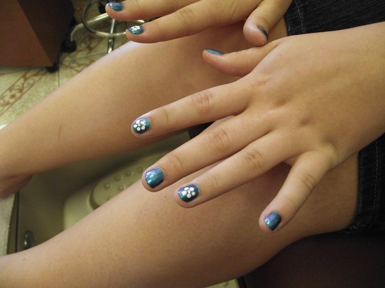 Hands Up Nail Art Is High Fashion Get Out Gvnews