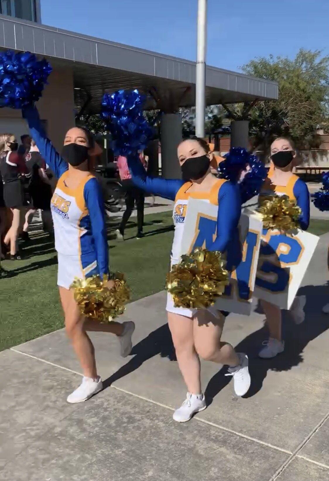 cheerleader2.JPG