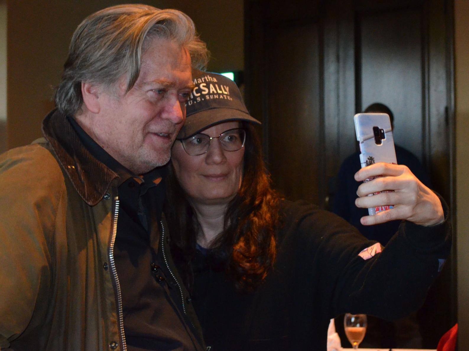 Bannon comes to Sahuarita with pro-wall town hall