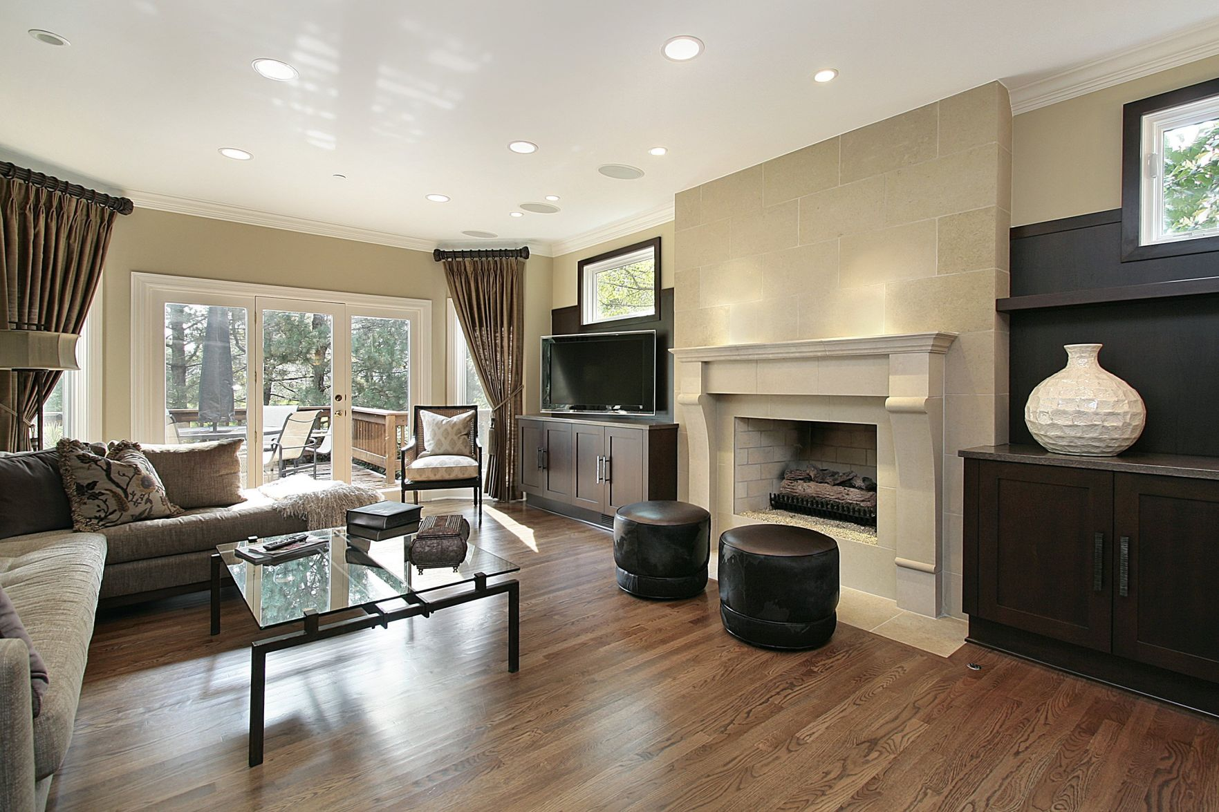A Lot Of Homes Have A White Trim Color. Painting The Ceilings A Flat Sheen  Of The Same Color Is A Good Approach.