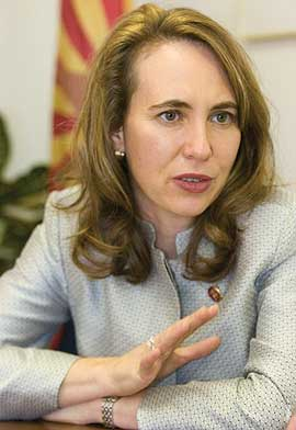 giffords starts new year by pushing border security solar energy
