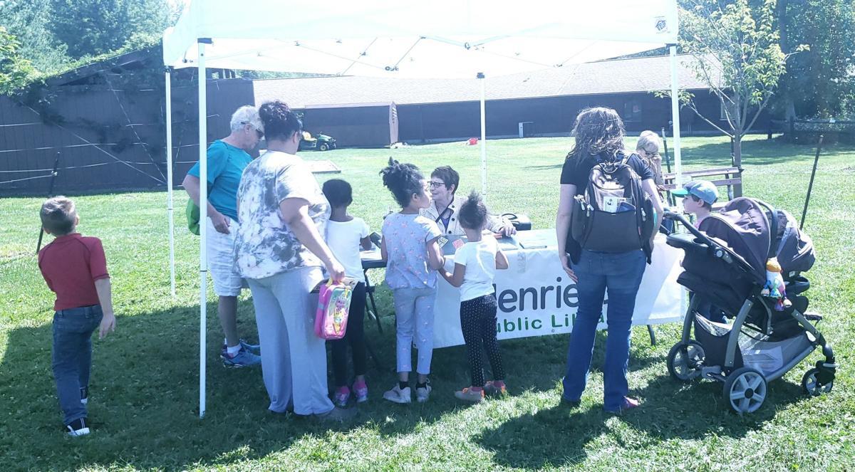 Children flock to Henrietta Public Library's Pop-Up Library!