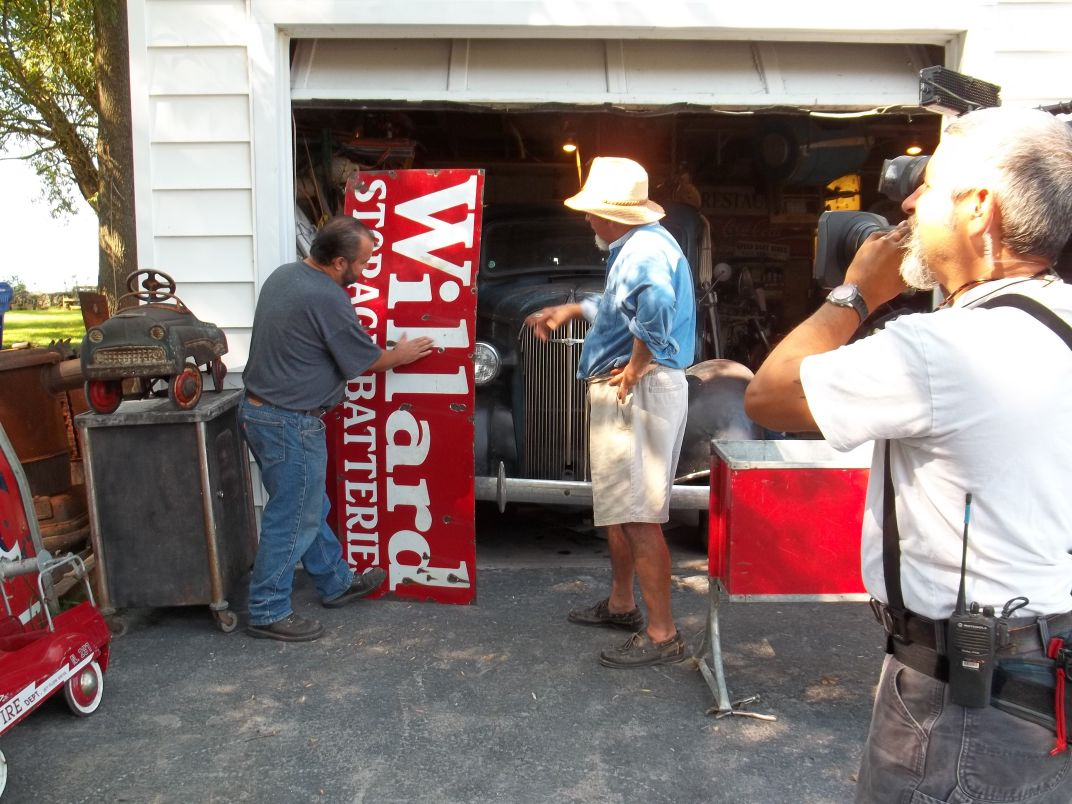 New york monroe county hilton - American Pickers Visit Hilton Collector