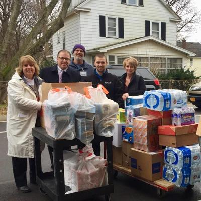Pittsford Food Pantry Receives Donation