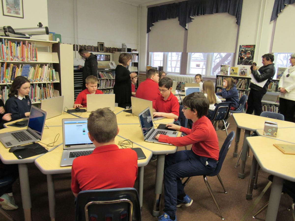 4th and 6th grade students demonstrate technologies