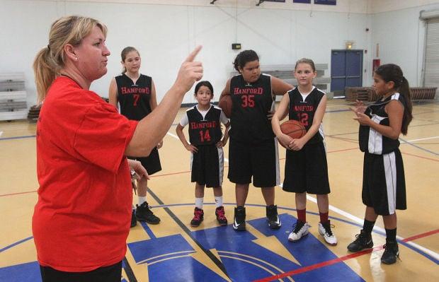 Hanford Nets girls basketball practice