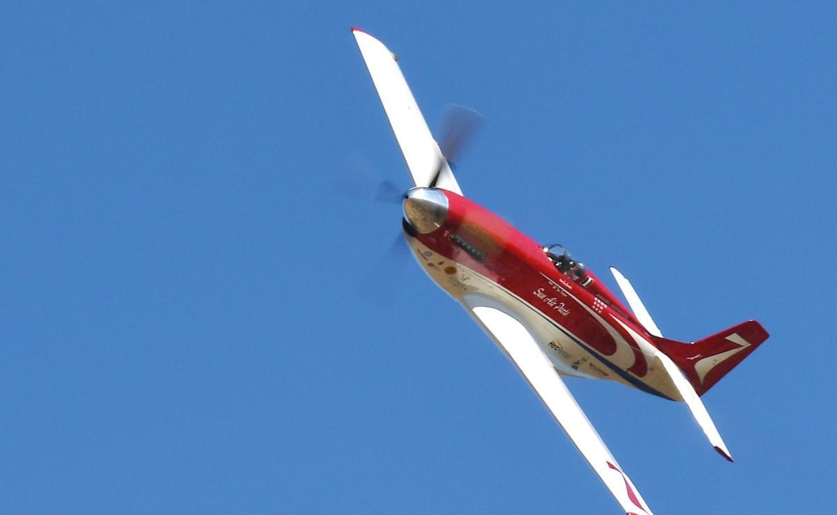 Reno Air Races 2017: Strega wins Gold Unlimited Air Race