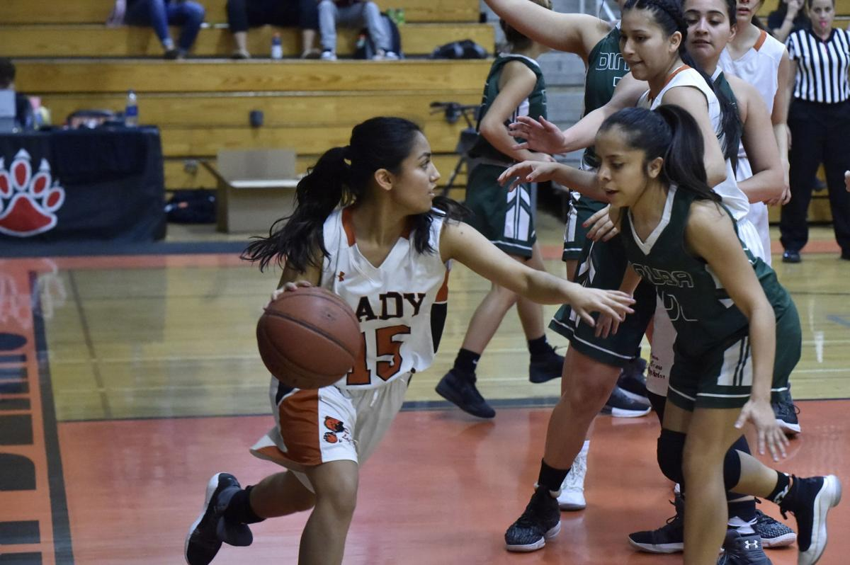 Selma basketball: Lizette Moreno