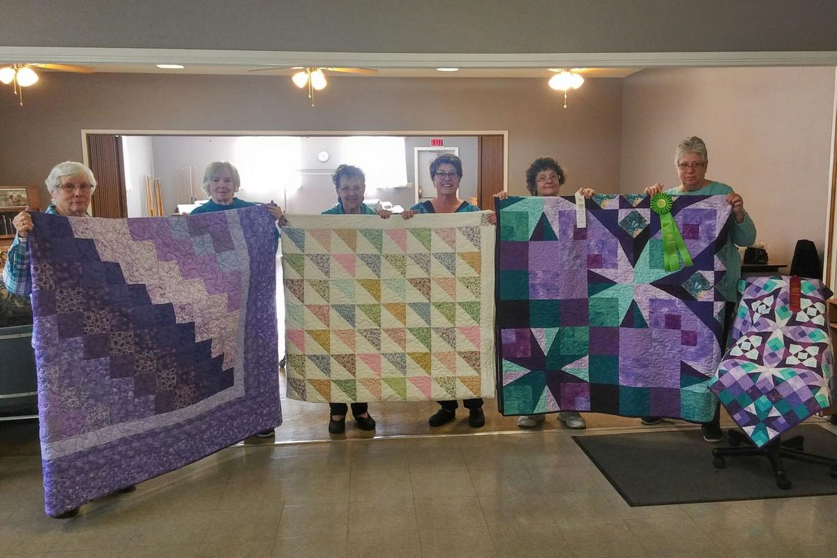Quilters: Ribbon-winning quilts