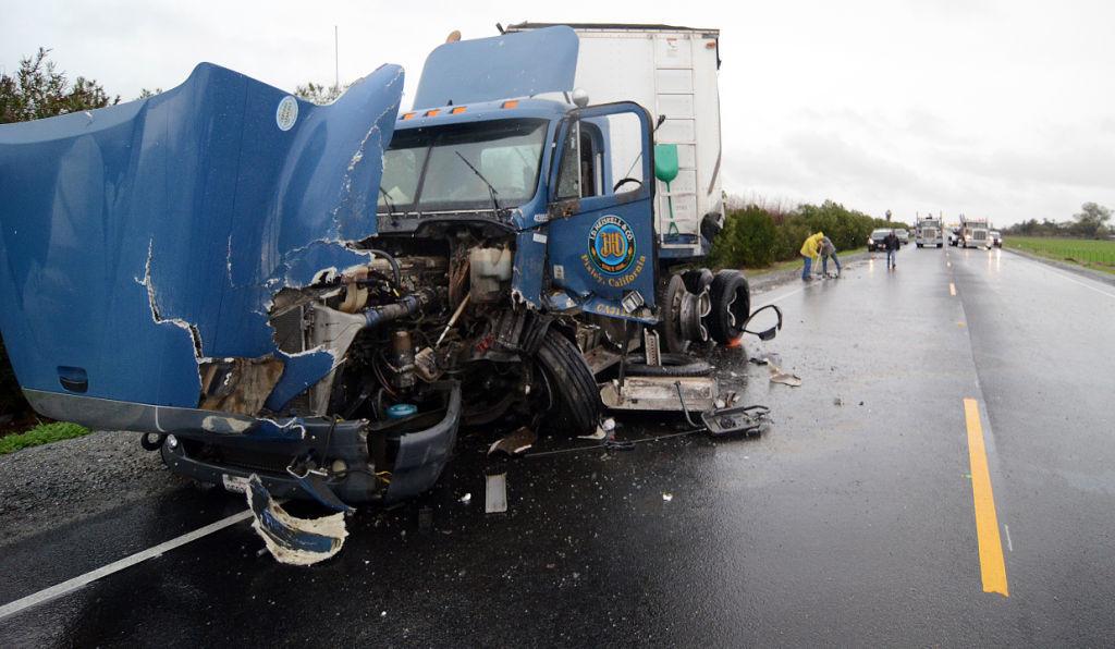 CHP: Fatal crash on Hwy  43 | News | hanfordsentinel com