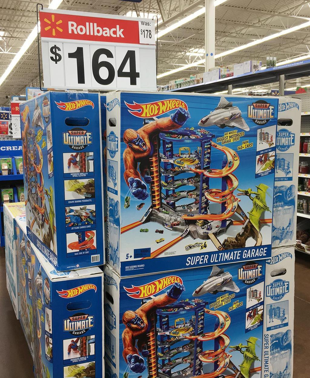 Black Friday deals at the Hanford Walmart | Gallery