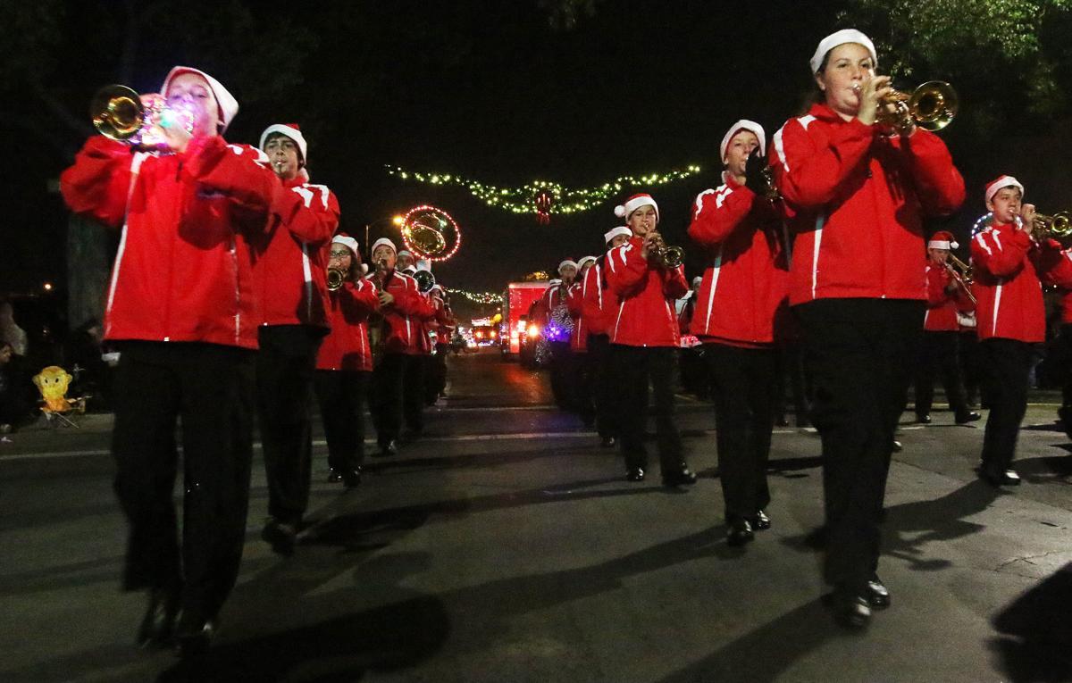 Hanford Christmas Parade 2016