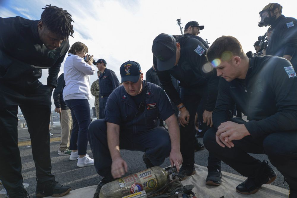 USS Essex Hosts Holiday Bowl and tour