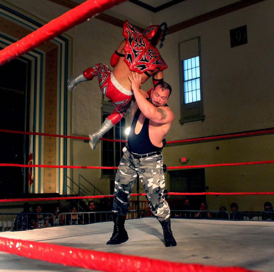 Lucha Xtreme - Sgt. Major