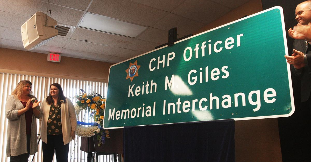 Keith Giles dedication of freeway sign