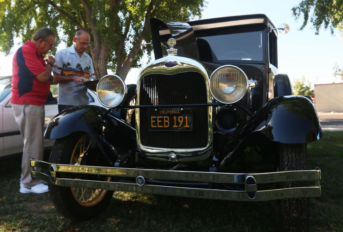 """Selma"""" Parking in the Park"""" Car Show"""