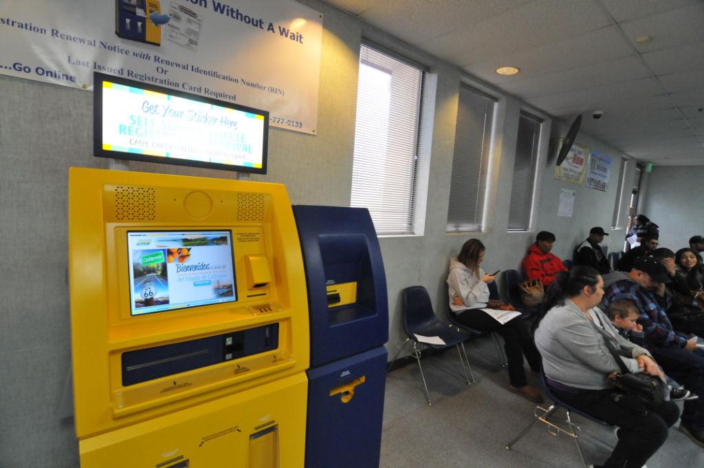 Ca Dmv Pay Registration >> Hanford DMV offers new self-service terminals   News   hanfordsentinel.com