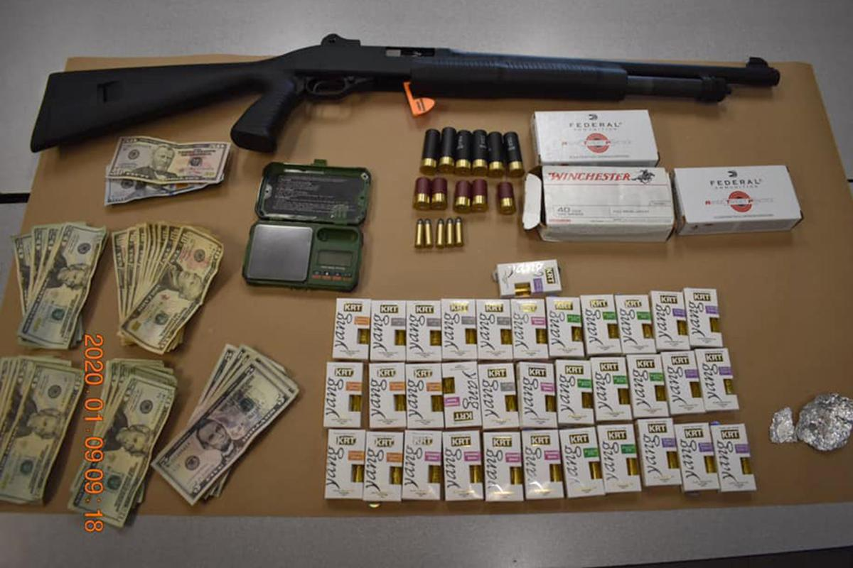 Selma Police: Drugs, weapon found