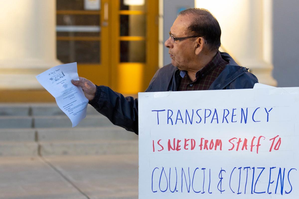Brieno rescinds resignation, reclaims council seat