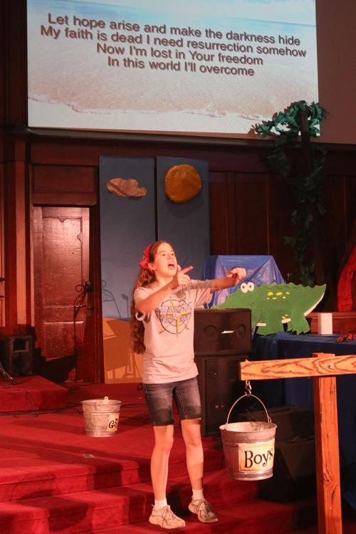 Vacation Bible school: Sing and dance along