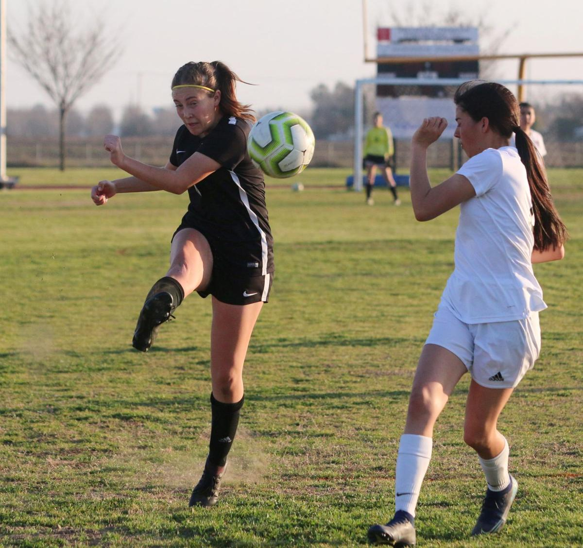 Sizemore's goal lifts Sierra Pacific in quarterfinals