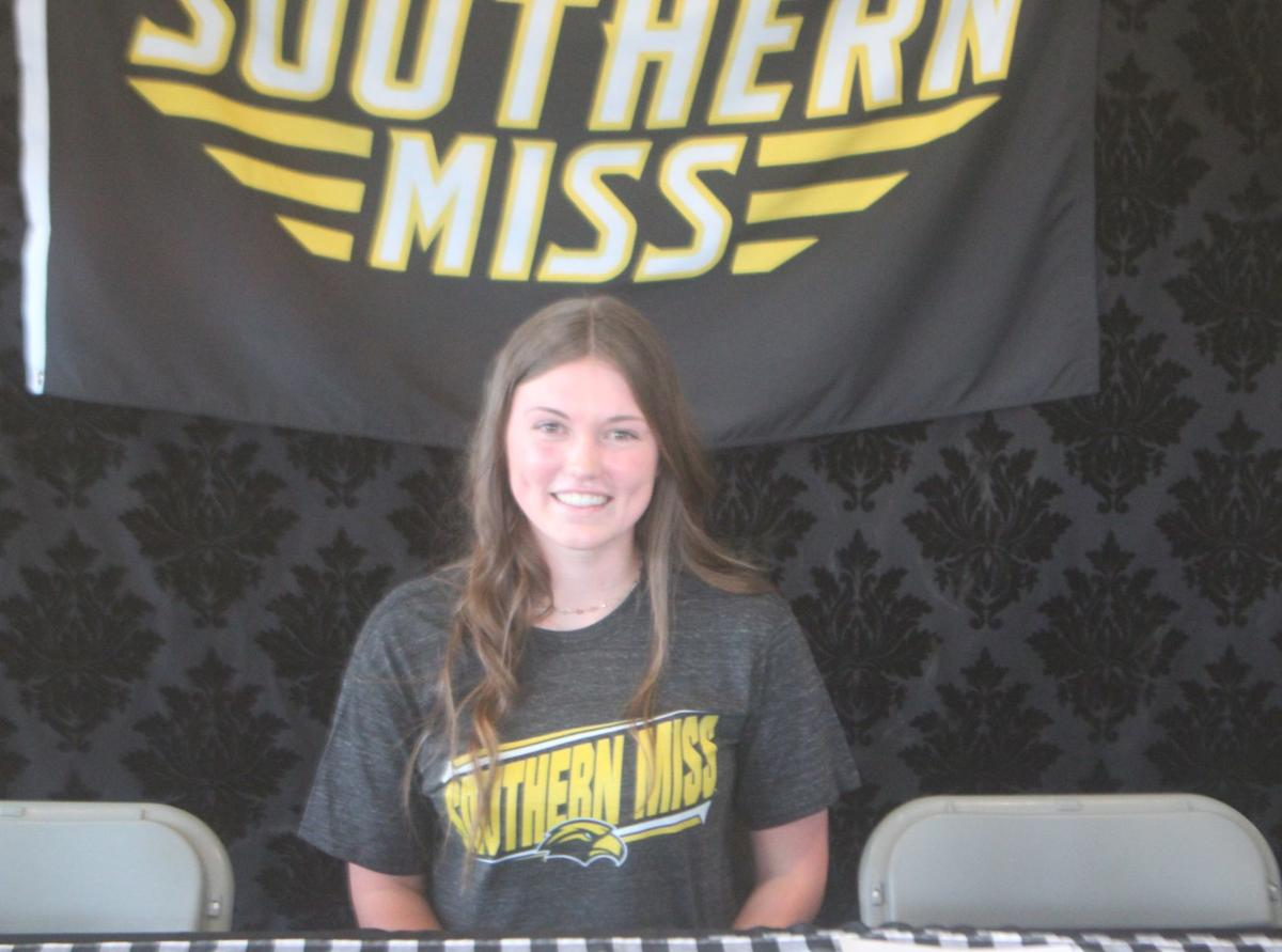 Rylie Atherton signs NLI to Southern Miss