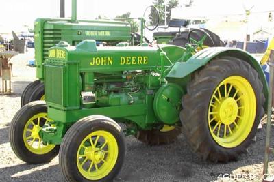 Antique: John Deere