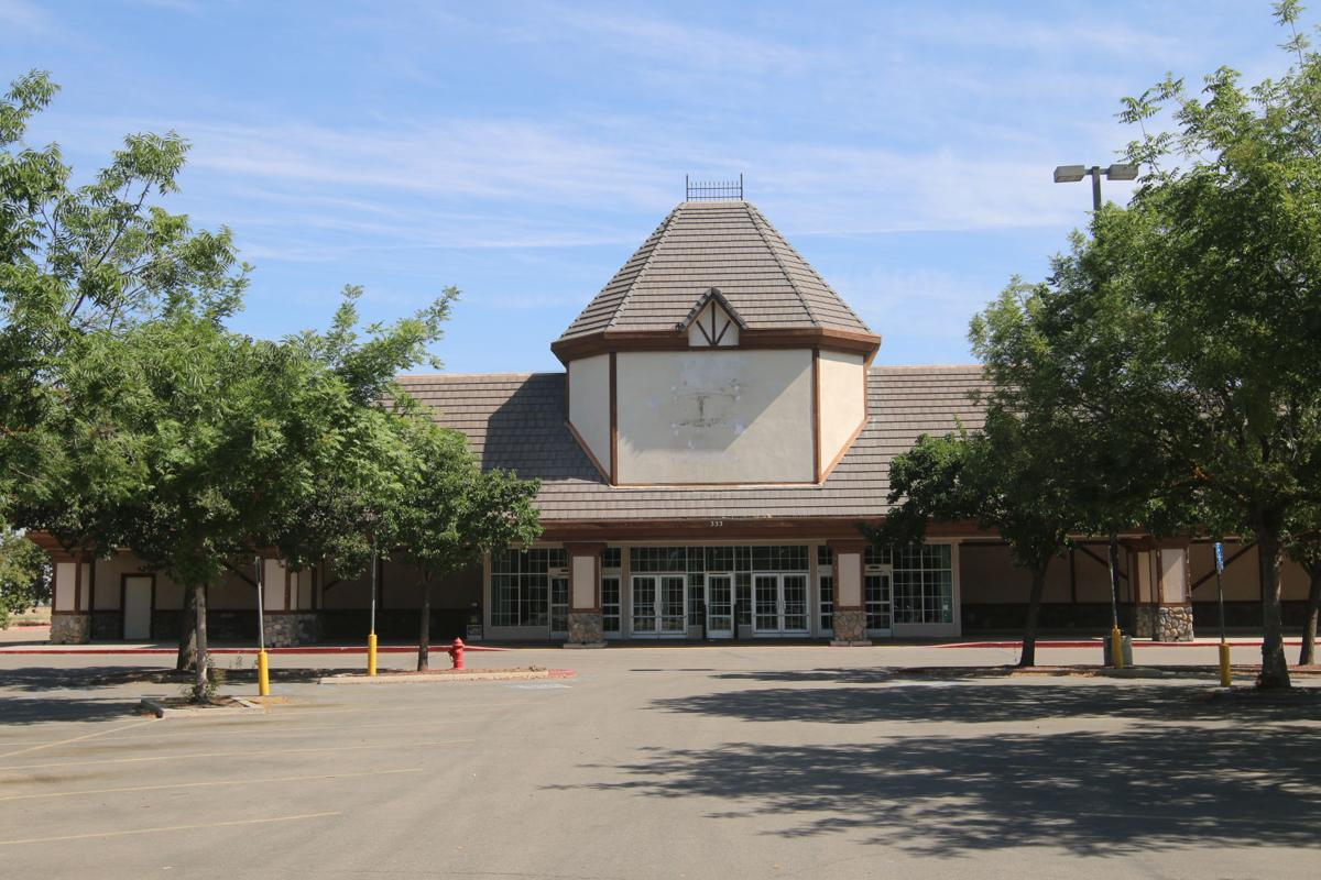 The Empty Kmart Building In Kingsburg Is Shown Regional Company State Foods Supermarkets Has Purchased