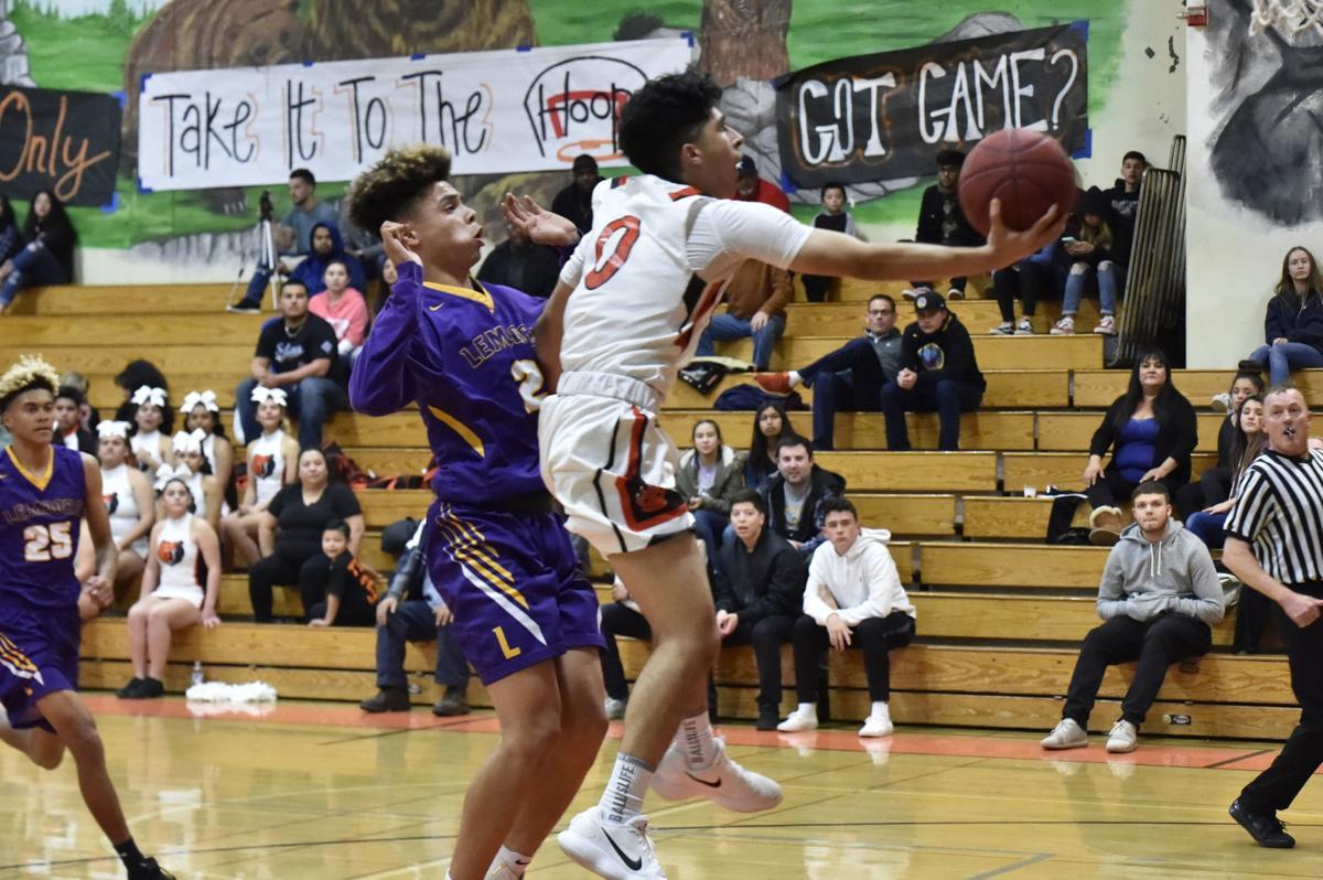 Selma basketball: Manny Singh layup vs Lemoore