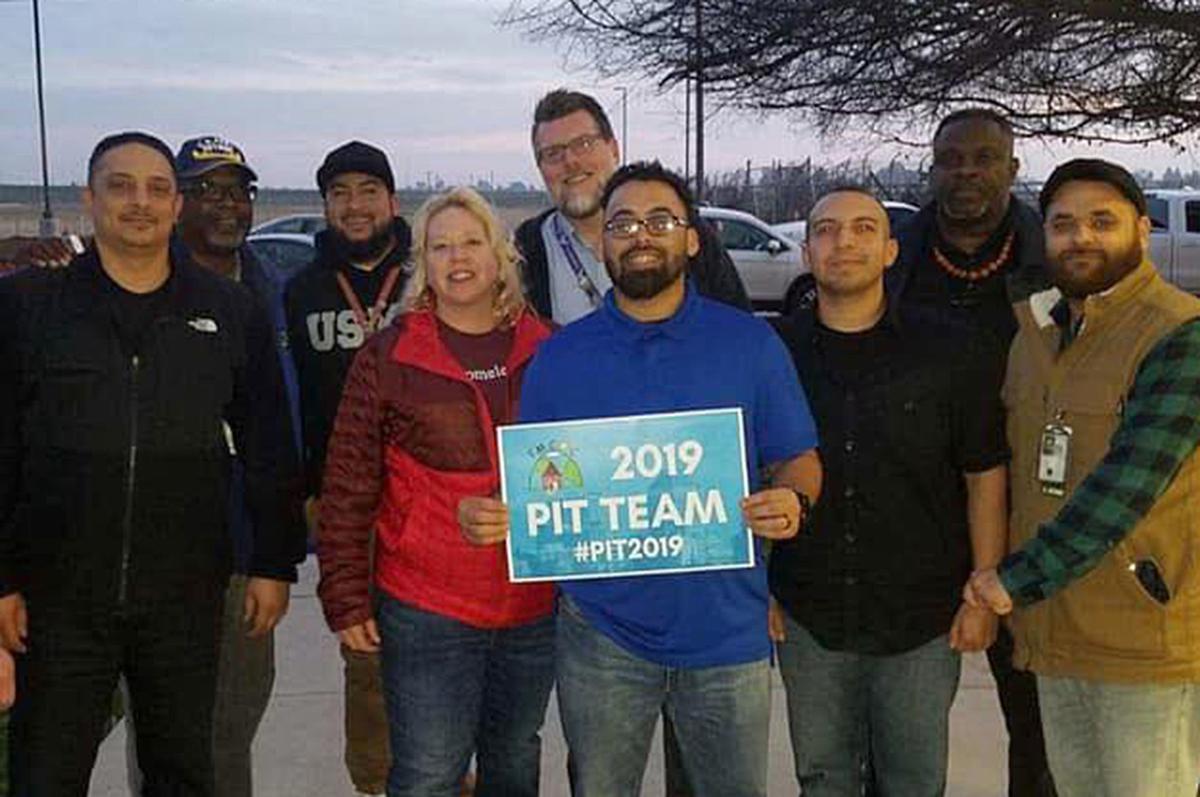 Volunteers: PIT Count