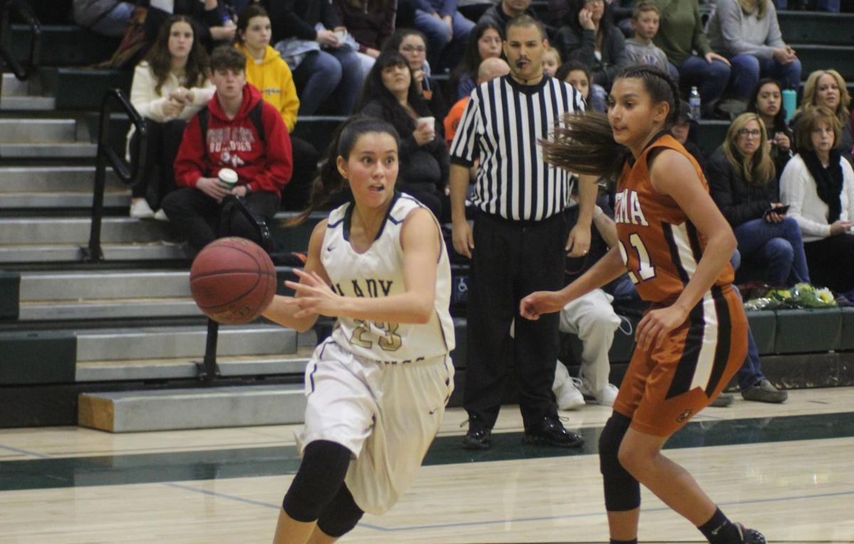 Selma, Kingsburg girls basketball