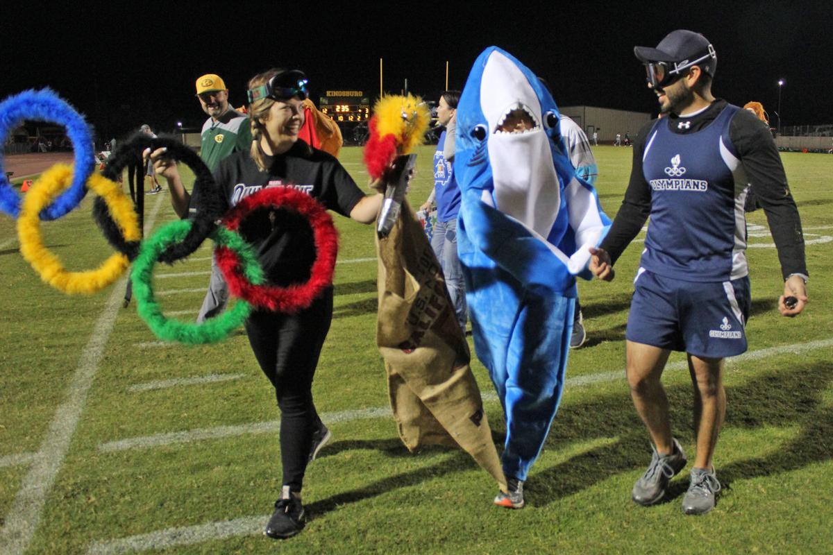 Mascot race: Congratulations, Swimmy