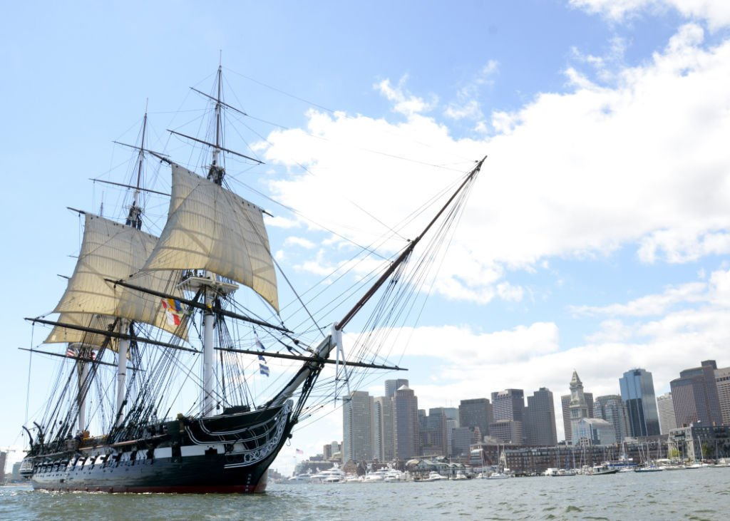 Google Maps tours the USS Constitution