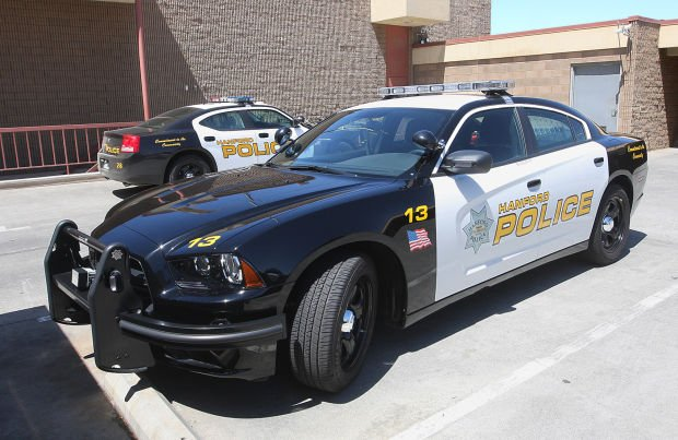 Hanford council votes to purchase 14 police cars | Local