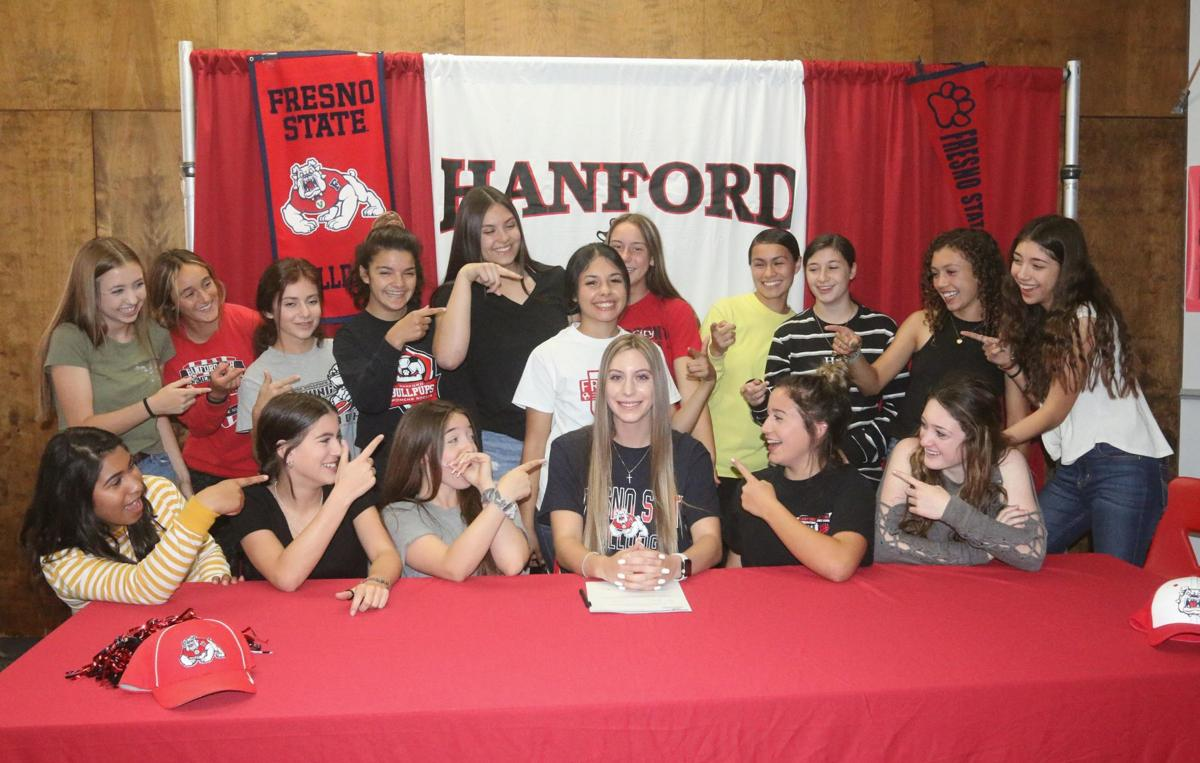 From Bullpup to Bulldog: Hodge inks with Fresno State