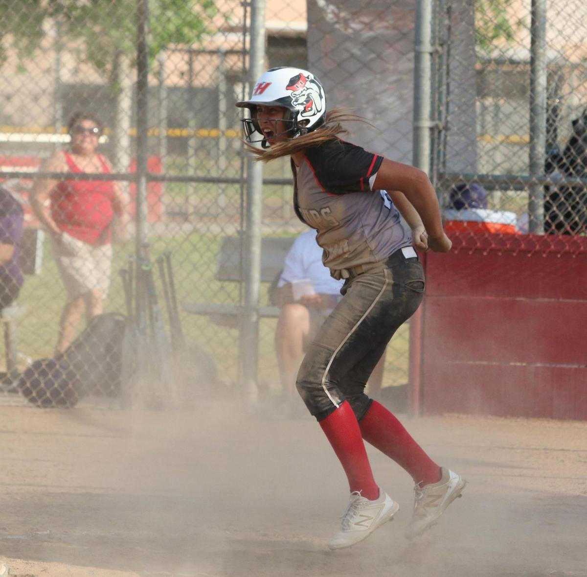 Bullpups use big sixth inning to reach semifinals