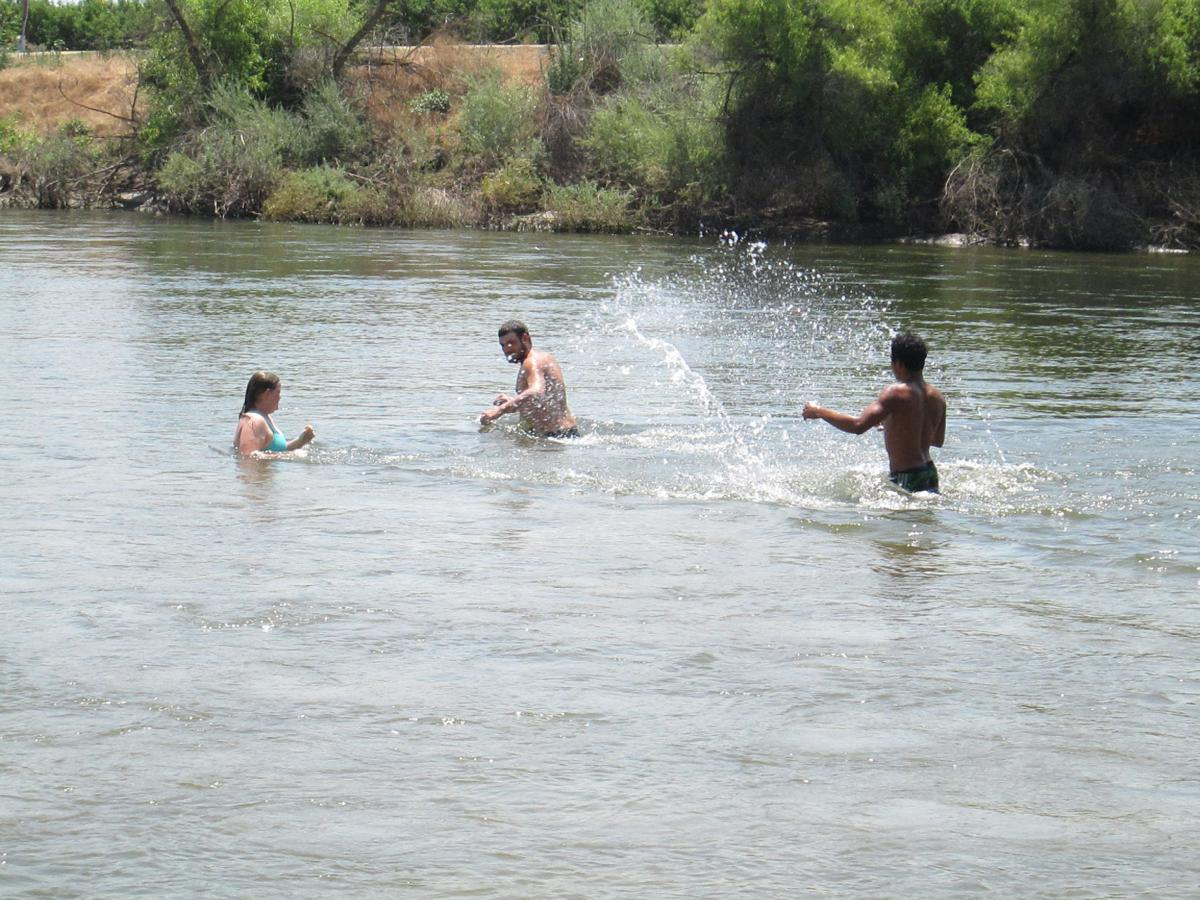Kings River swimmers