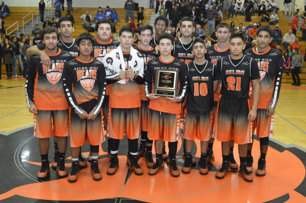 Selma boys basketball takes second at Lujan Tournament