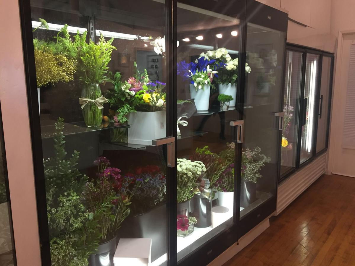 New flower shop in downtown Hanford