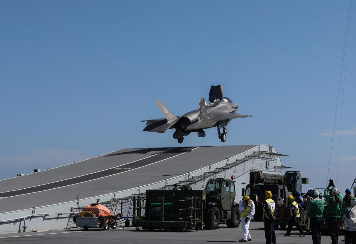 F-35B jets join forces with British aircraft carrier to make history