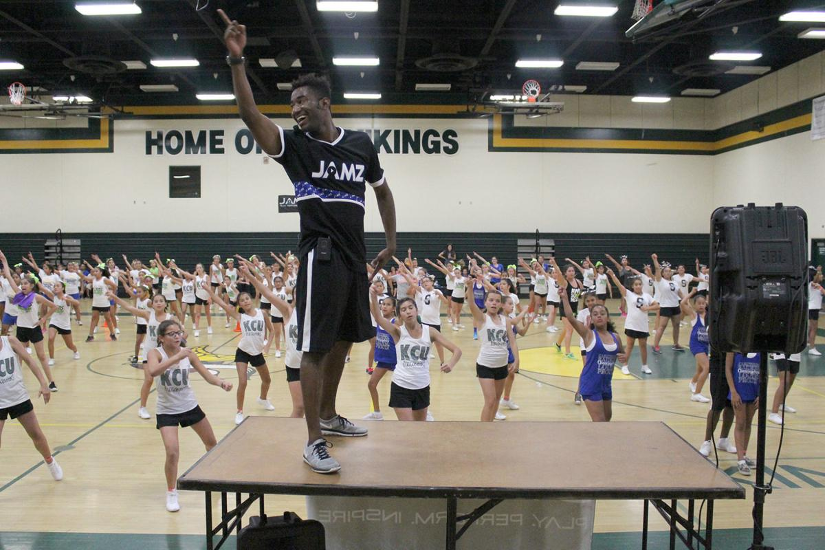 Cheer camp: Nieves teaches new routines