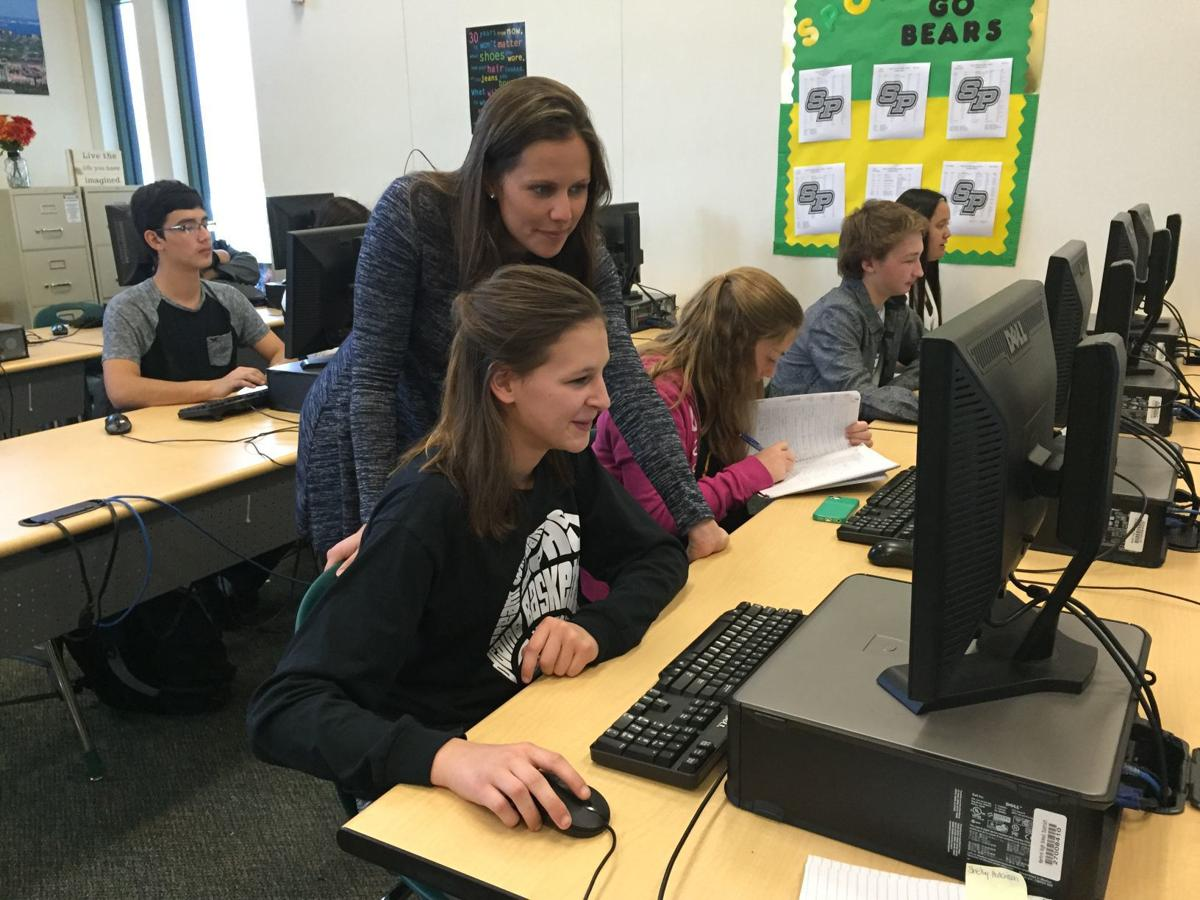 Districts struggle in hiring teachers