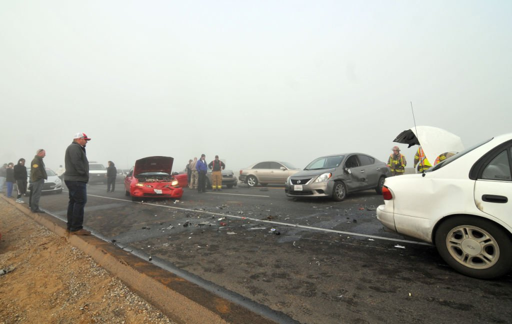 Crashes close Hwy 198 at 18th Avenue | News | hanfordsentinel com